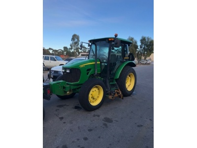 5085m_used_tractor